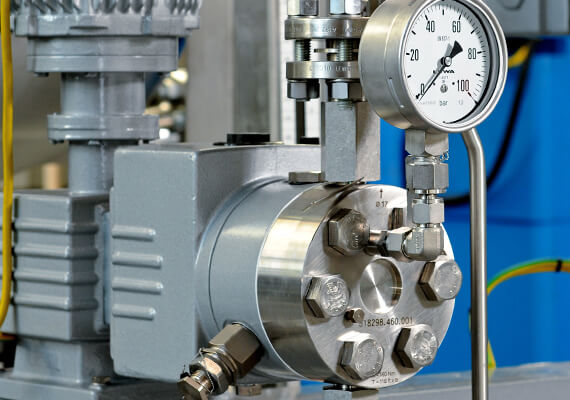 Safe metering of critical fluids with LEWA pumpheads