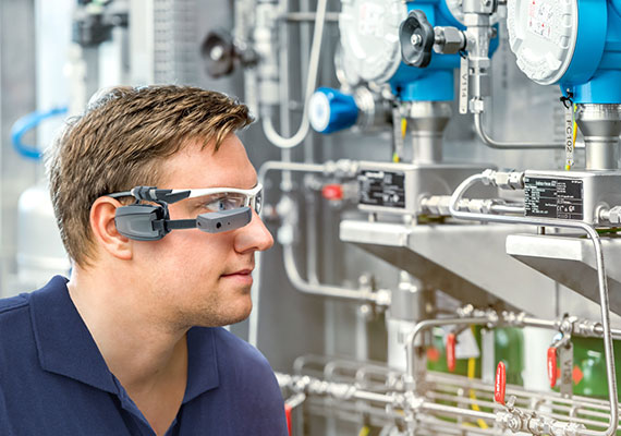 Augmented Reality for maintenance: LEWA SmartGlasses